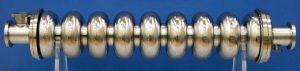ニオブ製の超伝導加速空洞